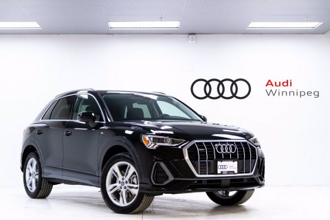 2020 Audi Q3 Technik w/Advanced Driver Assistance *DEMO*
