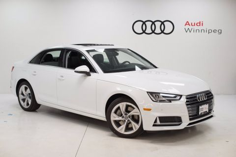 2019 Audi A4 Sedan Progressiv w/Heated Rear Seats *DEMO*