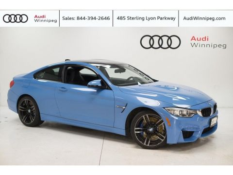 2015 BMW M4 w/Premium & Technology Package *Carbon Fibre Trim*